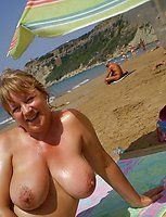 Amateur photos mature women with big Breast
